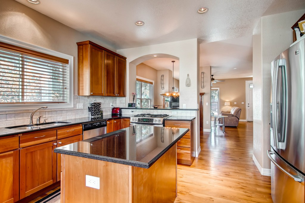 Kitchen Staging to Sell Your Home